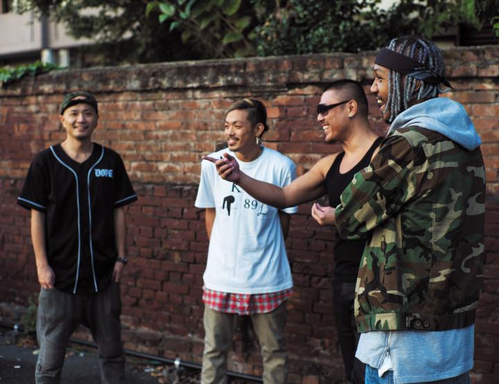 国籍混淆な日本男児   YALLA FAMILY