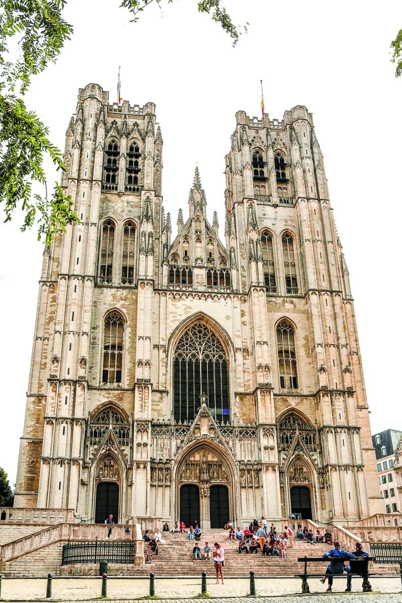 ゴシック建築が荘厳なサンミッシェル大聖堂