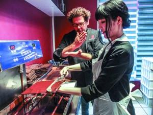 ブリュッセルの有名ショコラティエ「Laurent Gerbaud」ではチョコレートのテイスティングやオリジナルチョコレート作りを体験できる