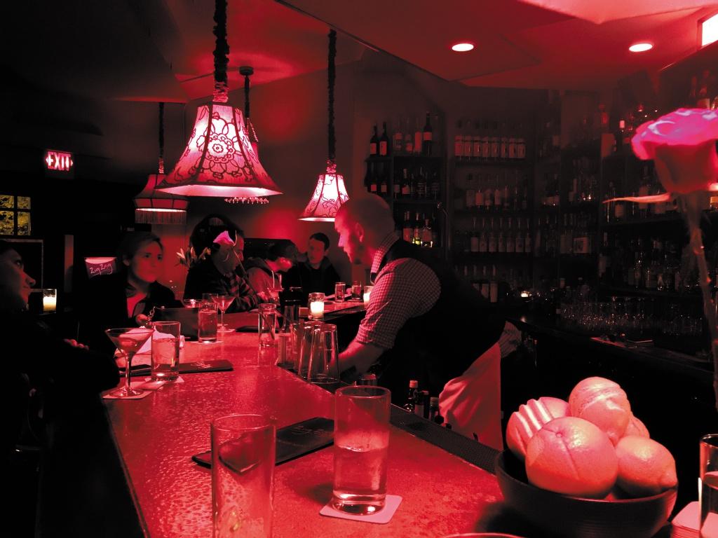 Zig Zag Cafe カクテルが美味しい知る人ぞ知るバー